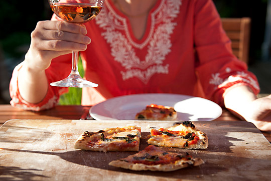pizza and rosé