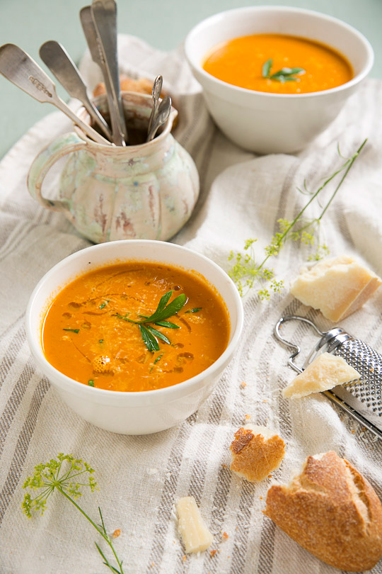 garlicky creamy roasted tomato soup